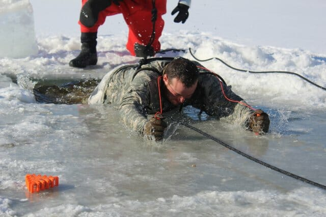 fall through the ice self rescue
