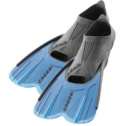 cressi agua short snorkeling fins for travel